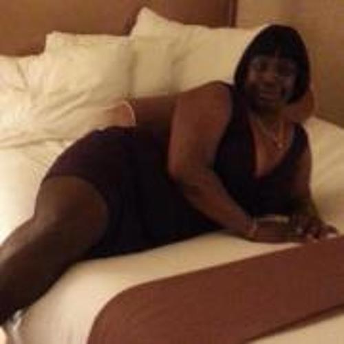 Yvonne Akingbade's avatar