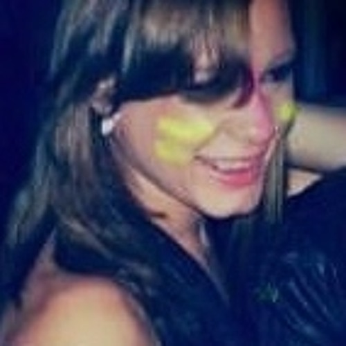 Erica Souza 0011's avatar