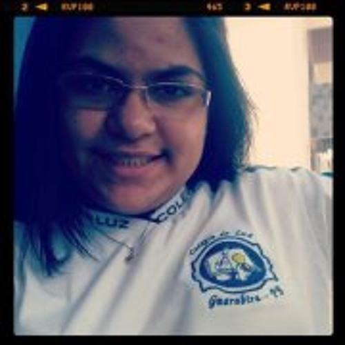Larissa Felix S's avatar