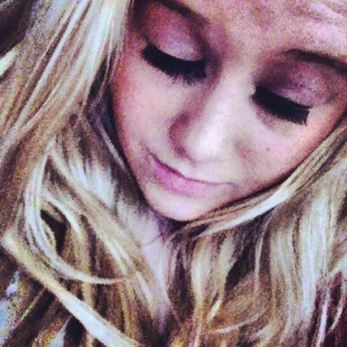 Kellielou14 xx's avatar