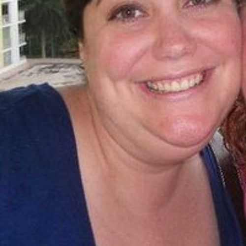 Amy Recely's avatar