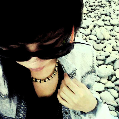 Michi Cm's avatar