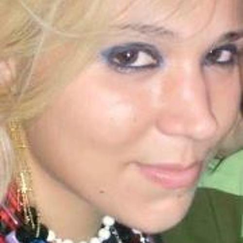 Mila Andrade 1's avatar