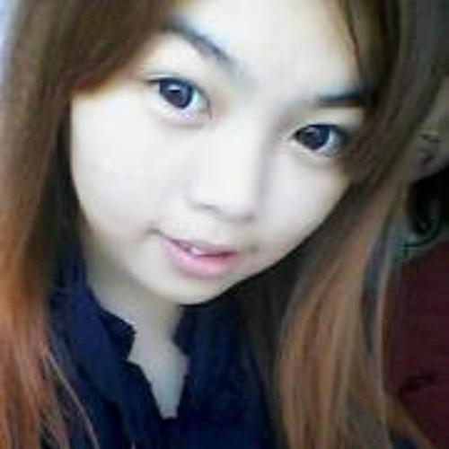 Juicy-yee Chia's avatar