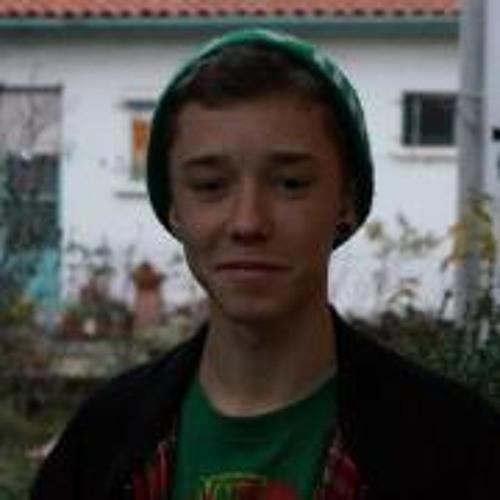 Mika Renaud's avatar