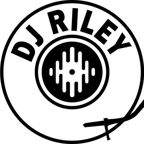 dj_riLey_NZ's avatar