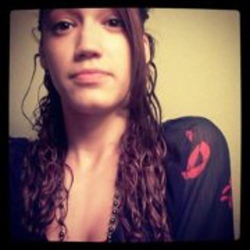 Isabella Rolon's avatar