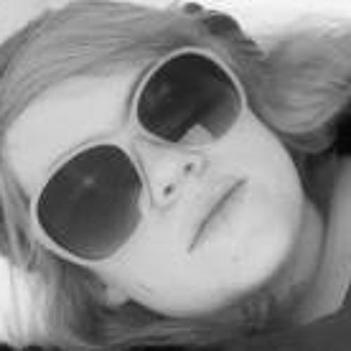 Emma Jackson 11's avatar