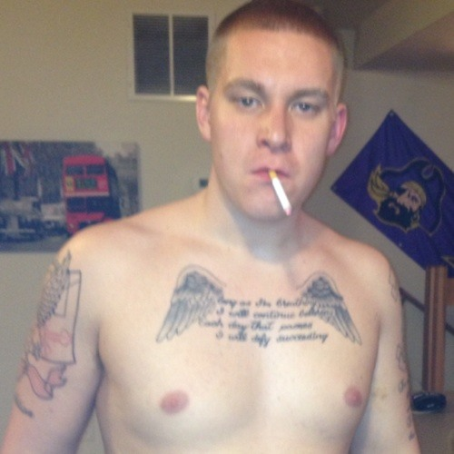 TOMMY GUNS's avatar