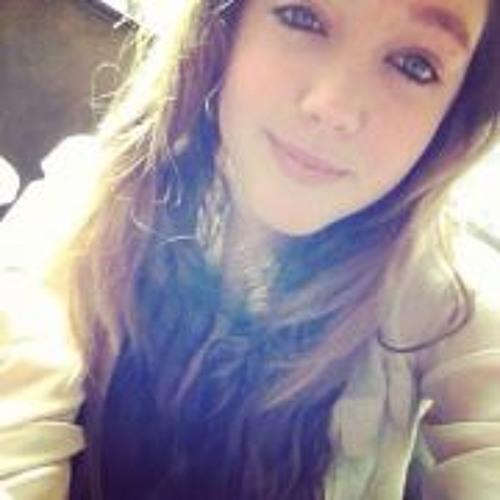 Julia Lozzi's avatar