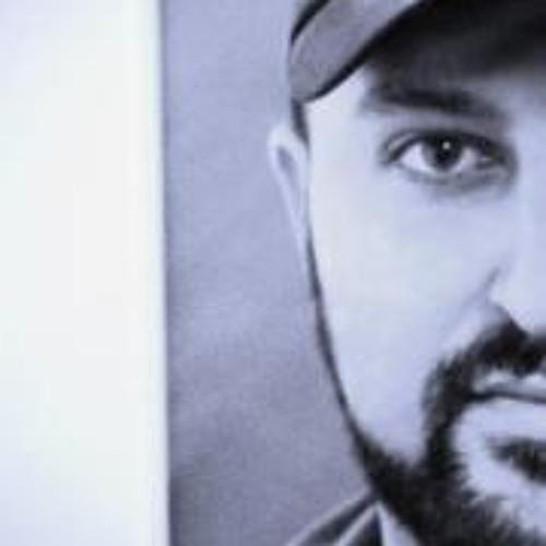Rom Martirossian's avatar