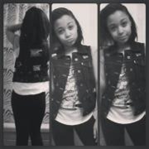 Yasie Boo's avatar