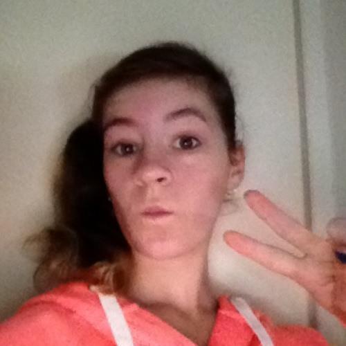 molzie33's avatar