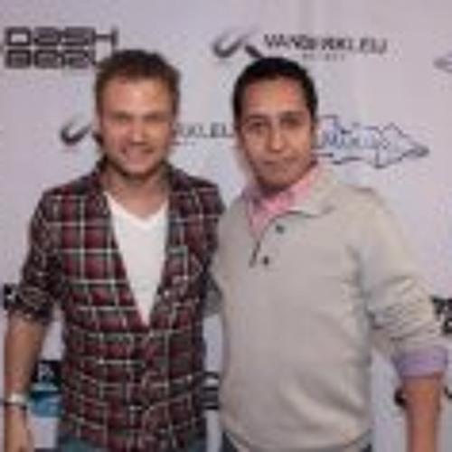 Carlos Mauricio López 1's avatar