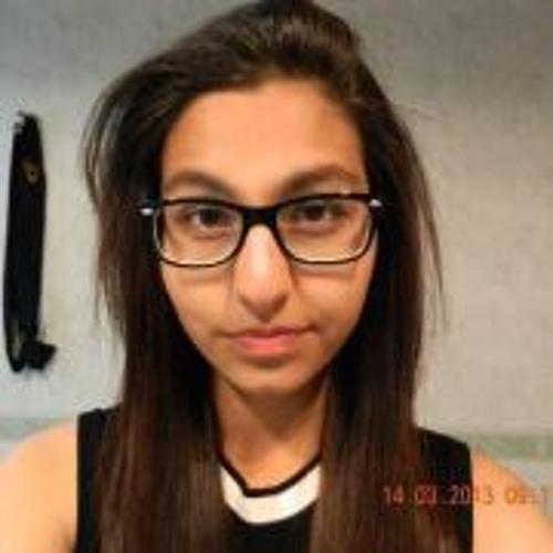 Fatima Nawaz's avatar