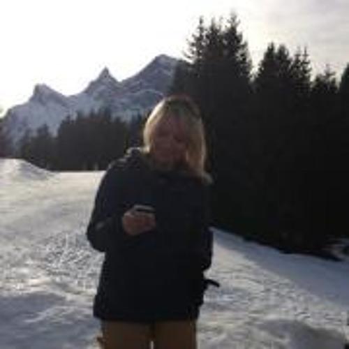 Jacqueline Oukili's avatar