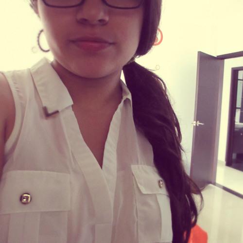 Ana Torres 27's avatar