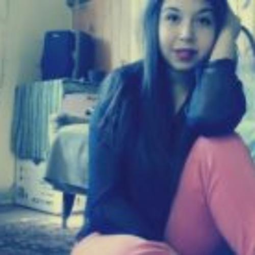 Daniela Andrea Romero's avatar