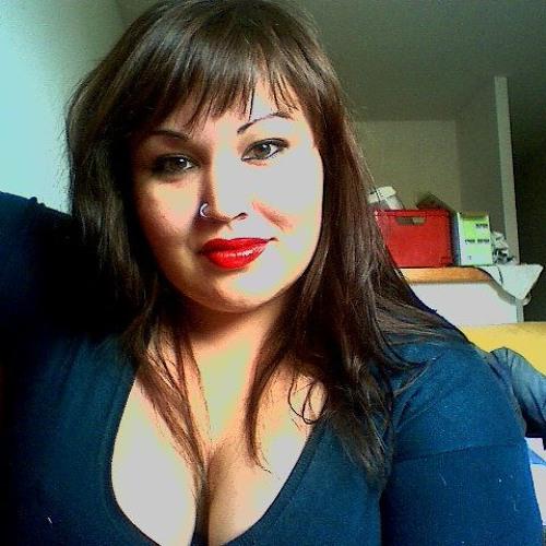 Emmy Pwune's avatar