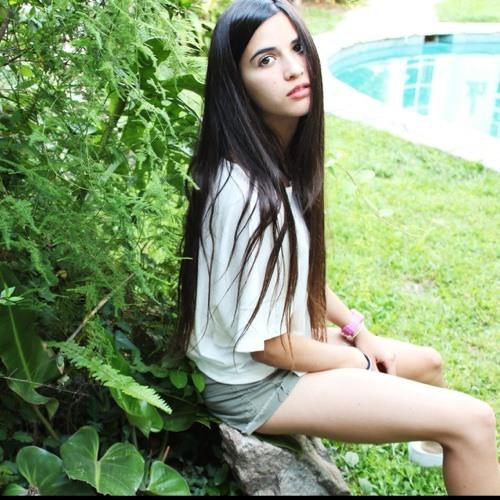 Flor Macazaga's avatar