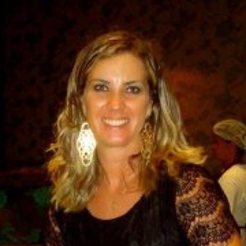 Michele Dias's avatar