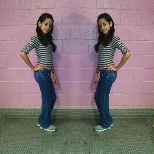 Love_Neldy <3's avatar