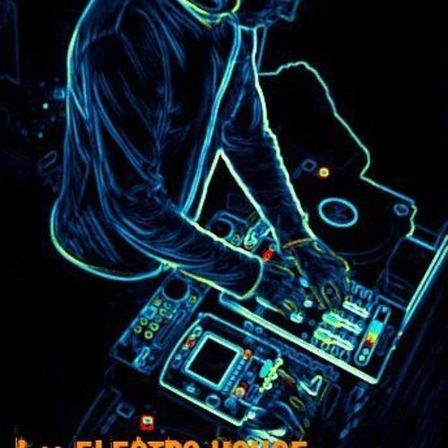 DJ zakyz™'s avatar