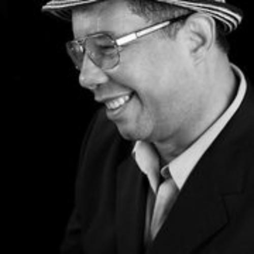 Fernando Urena Rib's avatar