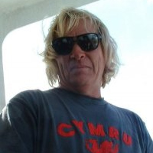 Paul Conibear's avatar