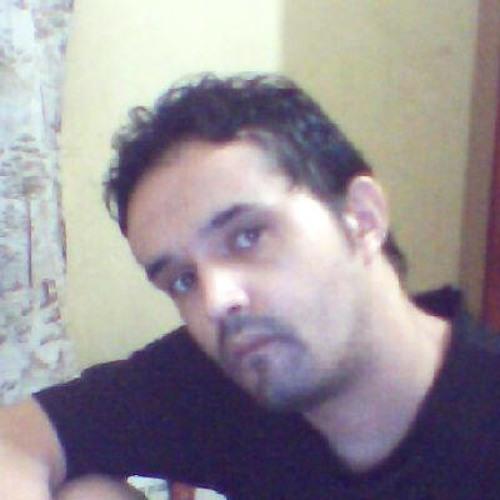 Egner Santana's avatar