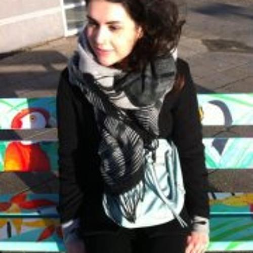 Majella Fe's avatar