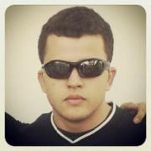 Caio Véras's avatar