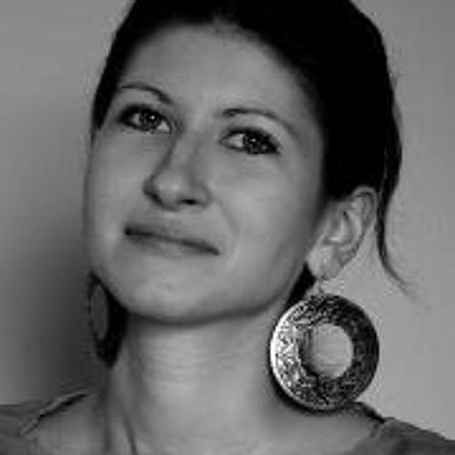 Anna Karo's avatar