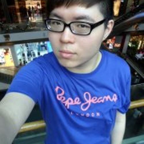 Johnson Yew's avatar