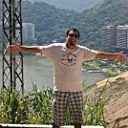 Felippe Amorim's avatar