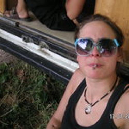 Tifany Ribert's avatar