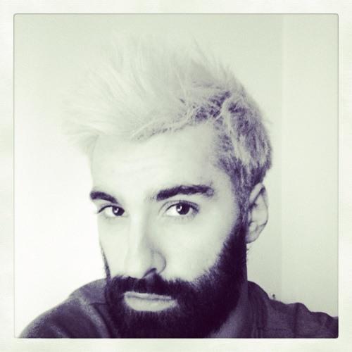 Moser Van Plus's avatar