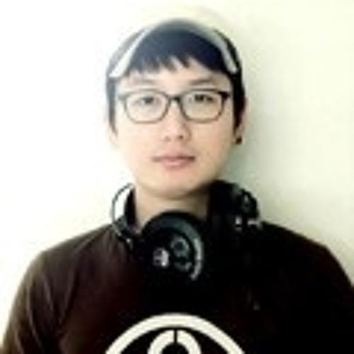 Analog TAG's avatar