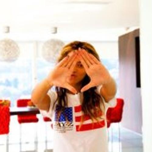 Lara Beyonce Demir's avatar