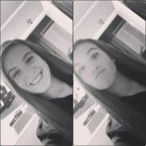 Megan Rabelo's avatar