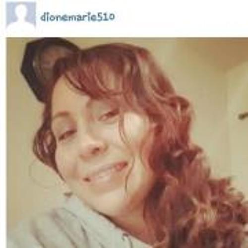 Dee Marie 3's avatar