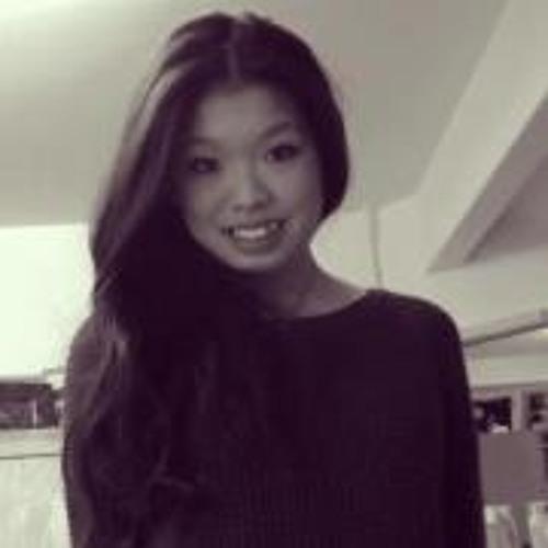 Claudia Kwong's avatar