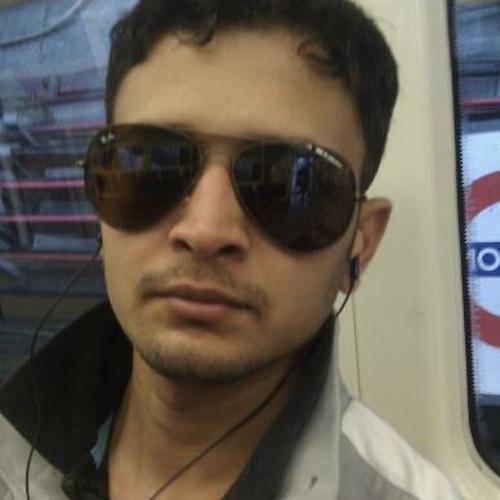 Desi Raver's avatar