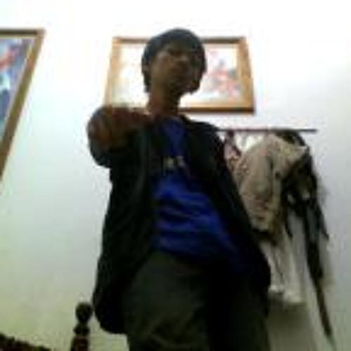Aujun Hakim Mufawadh's avatar