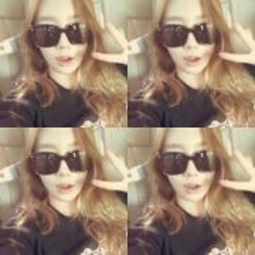 Kim Sone's avatar