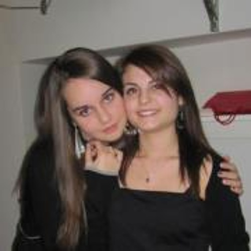 Sara Previatello's avatar