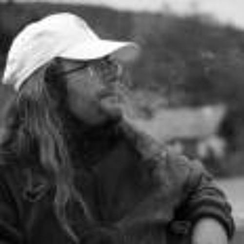 Alek Schmidt's avatar