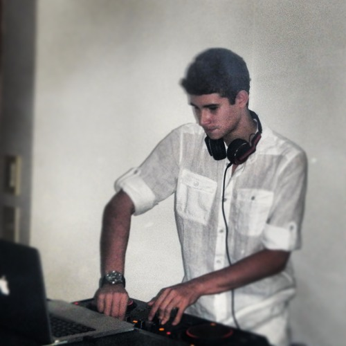 Matheus Montarroyos's avatar