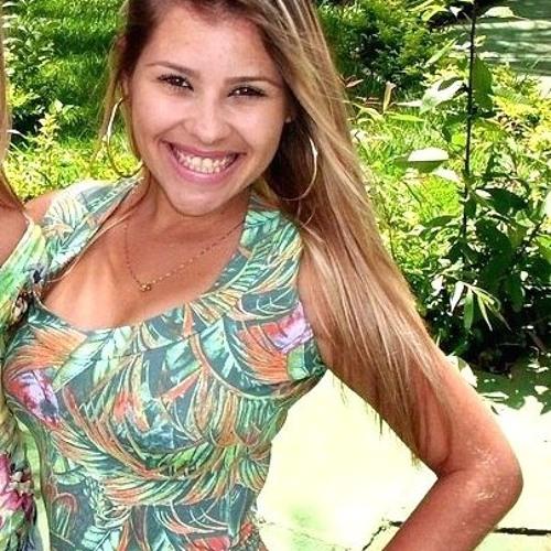 Naiamy Mirelly's avatar