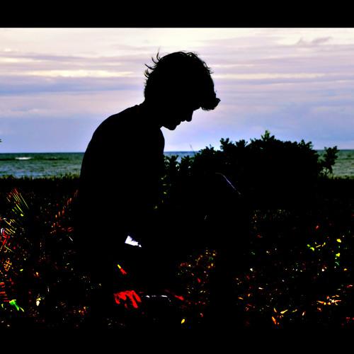 Caio Castro Alves's avatar